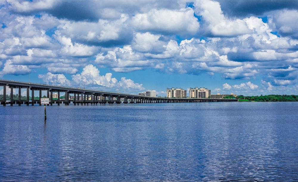 Closing A Real Estate Deal in Southwest Florida